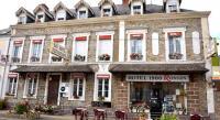Hôtel Villaines la Juhel Hotel Le 1900 Ronsin