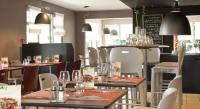 Hôtel Petit Noir Hotel Restaurant Campanile Dole