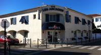 Hotel en bord de mer Bouches du Rhône Hôtel en Bord de Mer Les Arcades