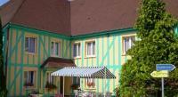 Hôtel Courtenot  Hotel Du Pan De Bois