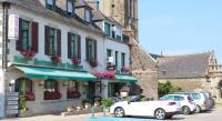 Hôtel Tréflévénez Hotel Des Voyageurs