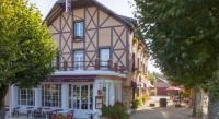 Hôtel Saint Christophe en Bazelle hôtel Le Chalet De La Foret