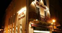 Hôtel Cassaignes Hotel Des Arcades