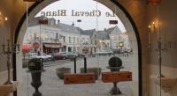 Hôtel Loches hôtel Le Cheval Blanc