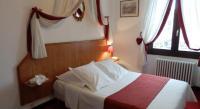 Hôtel Sciez Hotel Le Comte Rouge