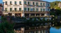 Hôtel Saint Julien de Bourdeilles Hotel Restaurant Charbonnel