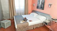hotels Colombes Hotel Jean Gabriel Monymartre