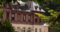Hôtel Le Château d'Almenêches hôtel Le Pavillon De Gouffern