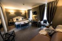 Hôtel Le Breuil en Bessin Hotel Le Lion D'Or et Restaurant La Table Du Lion