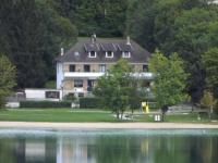 Hôtel Franche Comté Hotel Restaurant La Chaumiere du Lac