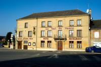 Hôtel Prix lès Mézières hôtel Le Val de Vence