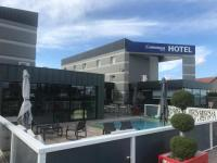 Hotel Fasthotel Loire The Originals City, Hotel Hélios, Roanne Nord (Inter-Hotel)