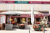 Hôtel Roaix hôtel Hôtel-Restaurant Le Blueberry
