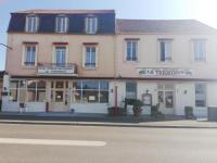 Hôtel Alligny en Morvan hôtel Le Terminus