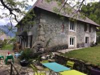 Terrain de Camping Grenoble Charmante maison familiale