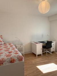 Chambre d'Hôtes Angers Angers Shared Apartment