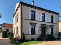 Chambre d'Hôtes Clermont Ferrand L'Enclos de Ribains