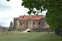 Chambre d'Hôtes Murol Château Royal de Saint Saturnin - Les Collectionneurs