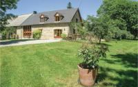 gite Beaumont du Lac Four-Bedroom Holiday Home in Affieux