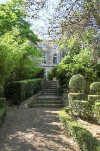 gite Siran Villa Place du Château