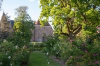 gite Chambon SAS du Chateau d'Ainay le Vieil