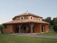 Gîte Saint Girons en Béarn Gîte Amou, 4 pièces, 6 personnes - FR-1-360-48