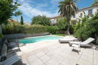 Gîte Arles Gîte Palmeira - Grande maison en ville avec Piscine