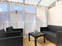 gite Arles Rare: Maison au centre ville avec terrasse et clim