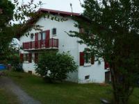 gite Bidarray Maison familiale basque au pied de la montagne