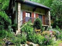 gite Fougax et Barrineuf House Les oréades