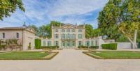 gite Mazan Serres Chateau Sleeps 29 Pool Air Con WiFi