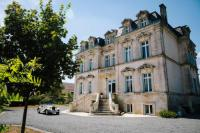 gite Blanzay sur Boutonne Aulnay Chateau Sleeps 21 with Pool and WiFi