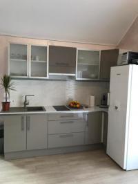 gite Fresneaux Montchevreuil Studio -appartement neuf