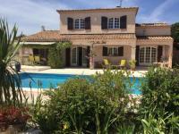 gite Arles Aglanie