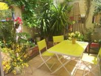 Gîte Avignon Gîte House with 2 bedrooms in Avignon with furnished terrace and WiFi
