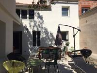 Gîte Avignon Gîte Maison trois chambres, près remparts, jardin, piscine