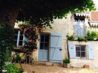gite Les Ormes La Maison bleue du Puy
