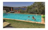 gite Agde Nice home in Balaruc les Bains w WiFi, Outdoor swimming pool and 3 Bedrooms
