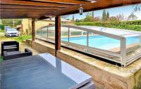 gite Arles Amazing home in Barbentane w Outdoor swimming pool and 4 Bedrooms