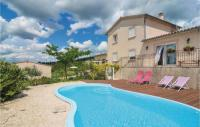 gite Pont Saint Esprit One-Bedroom Holiday Home in Barjac