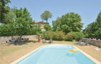 gite Saint Paulet de Caisson Stunning home in Barjac w Outdoor swimming pool, WiFi and Outdoor swimming pool