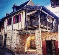 Location de vacances Cassis maison Beaulieu sur Dordogne