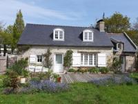 gite Plozévet Charmante maison avec jardin