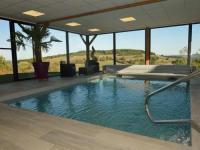 gite Matour Gîte de Bellevue avec piscine intérieure privative