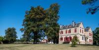 gite Auros Chateau Vulcain