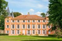 gite Agde Beziers Chateau Sleeps 20 Pool WiFi