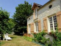 Countryside Cottage in Bligny Champagne with Fenced Garden-La-Centieme