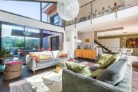 gite Baurech Fantastic loft Bordeaux 3 Bedrooms