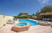 gite Gras Amazing home in Bourg Saint Andeol w Outdoor swimming pool, WiFi and 5 Bedrooms