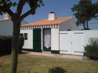 gite Soullans House En residence de vacances avec piscine et tennis, maison de type 2